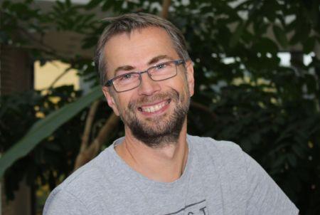 prof. UAM Krzysztof Sobczak